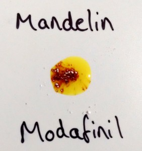 Modafinil reaction with the mandelin reagent (45s)