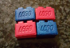MDMA-team lego brick 2 notch_crop